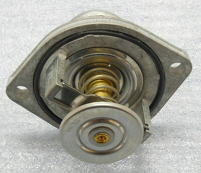Ford 6.0 Diesel Thermostat with Housing and Gasket New OEM Motorcraft RT1169