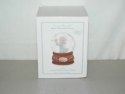 """PRECIOUS MOMENTS """"SHARE THE GIFT OF LOVE"""" 100mm MUSICAL WATER GLOBE BRAND NEW!!!"""