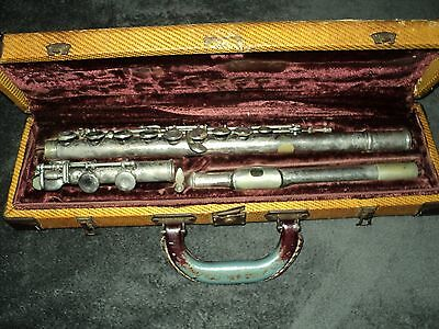 Vintage Bundy H&a Selmer Inc. Flute And Case Low Serial Number