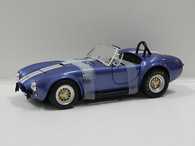 1:18 1966 Shelby 427 S/C Cobra Roadster (Blue with White Stripes) Greenlight 128