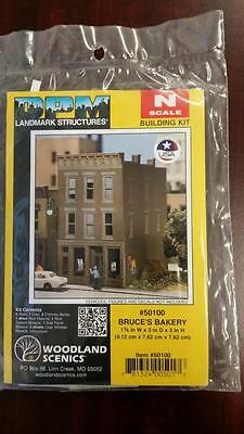 DPM Structure N Scale Building Kit Bruce's Bakery - #50100 Model Trains - New