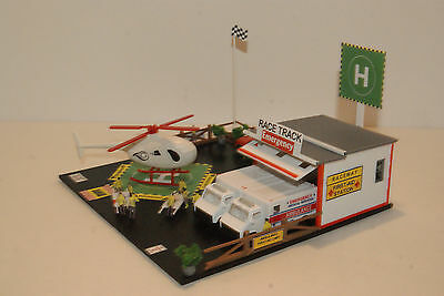 RACETRACK EMERGENCY HELIPORT,AMBULANCE,RESCUE STATION,20 PEOPLE its AWESOME !!!