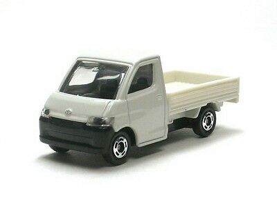 Tomy Tomica #97 TOYOTA TOWN ACE 1:64 Diecast Car NEW