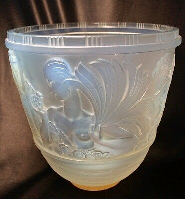 Large SABINO Art Deco Opalescent Glass Vase Signed