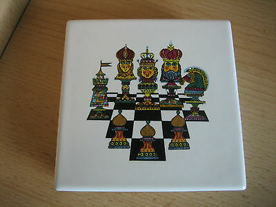 CARLTON WARE 'CHESS' TRINKET BOX