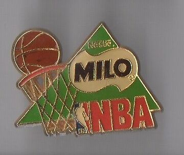 Pin's basket ball / équipe NBA - Milo de Nestlé
