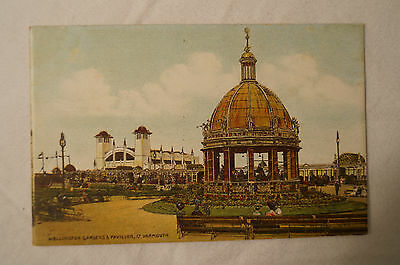 Wellington Gardens - Yarmouth - England - Vintage - Collectable - Postcard.