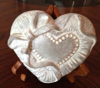 Isabel Bloom RIBBON HEART 1997 Retired Artist SIgned with Easel Stand