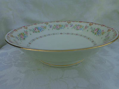 "SYRACUSE MARLENE OLD IVORY ROUND  SERVING SOUP BOWL, 9"" X 2.5"". MADE IN USA"