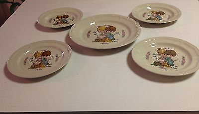 "Enesco 1994 Precious Moments ""love One Another"" 4 Salad And 1 Dinner Plates"