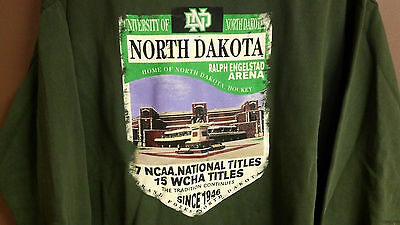 University of North Dakota UND Fighting Sioux Sweatshirt Frozen Four Champs - LG