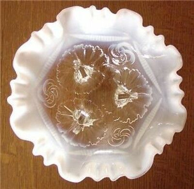1906 NORTHWOOD Ruffles and Rings OPALESCENT Footed BOWL
