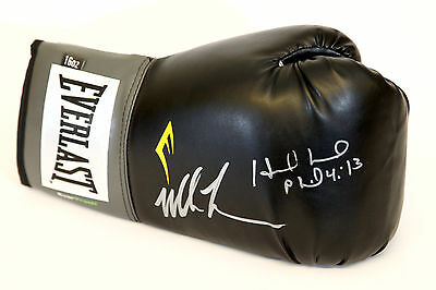 New Mike Tyson And Evander Holyfield Duel Signed Black Everlast Boxing Glove