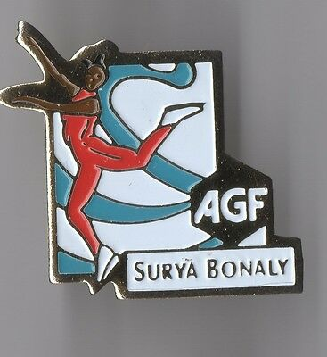 Pin's Assurance AGF / Patinage artistique Surya Bonaly