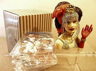 """CAMEO GIRLS JUDITH 1996 """"SHOWSTOPPER"""" MINI HEADVASE 2004 NEW/OTHER"""