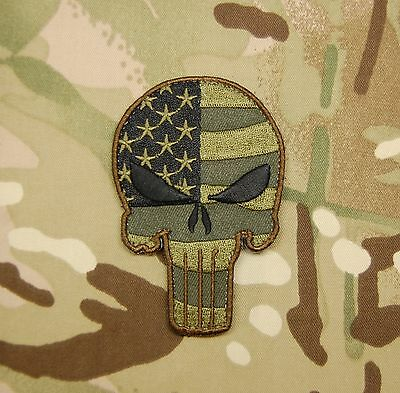 Punisher Skull USA Waving Flag US Army Woodland Tactical Morale Patch VELCRO®