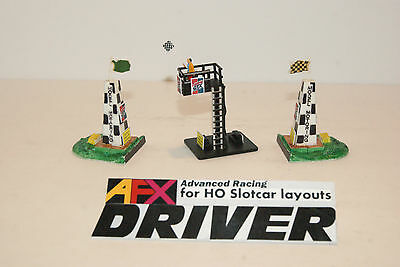 VINTAGE MODEL MOTORING START FINISH PYLONS with NEW FLAGMANS TOWER and FLAGMAN