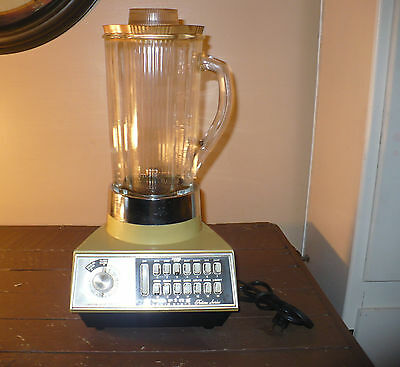 """WARING SOLID STATE """"FUTURA SERIES"""" 14 SPEED AVACADO BLENDER MADE IN U.S.A."""