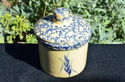 RRP Co Roseville, Ohio Blue Spongeware Pottery Covered Dish/Crock/Jar/Grease Pot