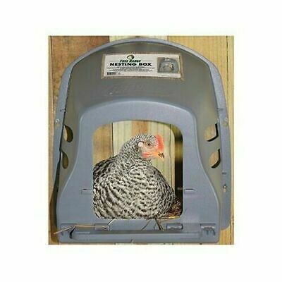 Harris Farms 4255 Free Range Durable Plastic Nesting Box for Chicken/Poultry