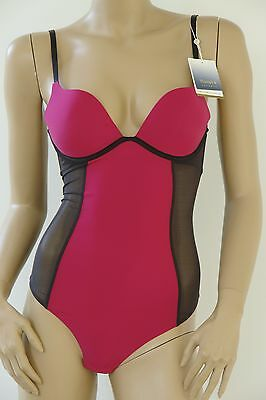 Triumph * exklusiver Push-up String Body * Scarlet Essence * NEU mit Etikett