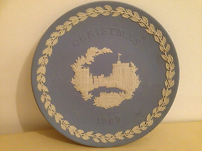 Wedgwood Blue & White Jasperware Christmas 1969 Collectable Commemorative Plate