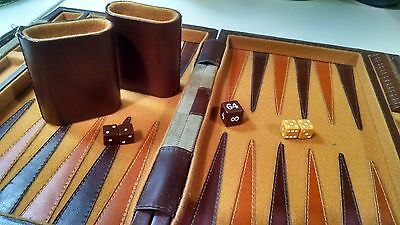 VINTAGE MID 1970s - Backgammon Set - Complete and in Excellent Condition