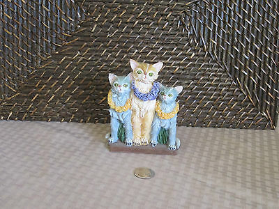 Cats kittens figurine colorful island vacation design