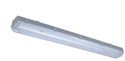 VAPOR PROOF LIGHT Fixture - Comes with 2 - 4' Two Blulb T8 Fluorescent NEW