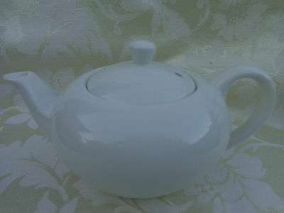 VINTAGE JAMES KENT OLD FOLEY STAFFORDSHIRE TEAPOT MADE IN ENGLAND