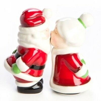 Magnetic S & P Mr & Mrs Claus