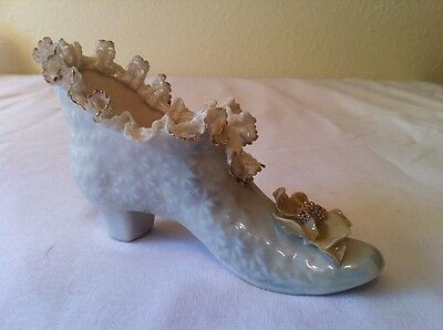 Porcelain Shoe Slipper Heirlooms of Tomorrow Lace Gold