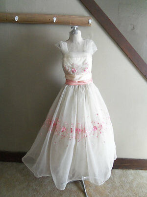 1950s White Tulle Party Dress w/ Hot Pink/Pale Pink/White Floral Embroidery/Sash