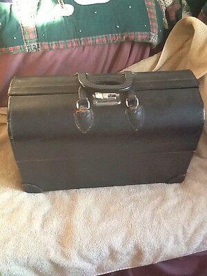 Vintage/antique PANDORA Doctor's Bag. Multicompartmants. Black Hard Shell. NICE!