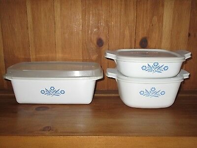 2 CORNING WARE CASSEROLE DISHES + LOAF PAN  W/PLASTIC LIDS