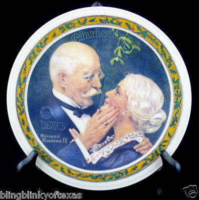 Christmas Plate Mom & Dad 1976 Knowles Golden