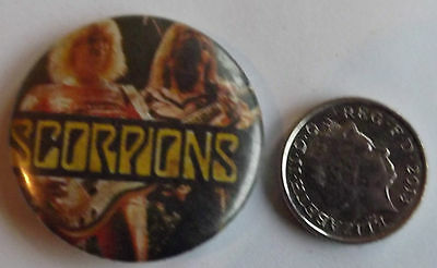 "THE SCORPIONS Old Vtg 1970`s Button Pin Badge(30mm-1.2"")#NB101"