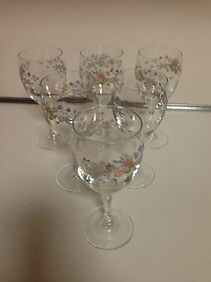 Luminarc France  Rare With Flowers Design Wine Glasses 6 0Z - 6 Total