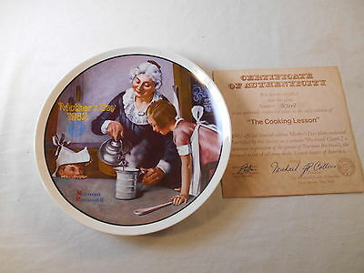 Vintage Norman Rockwell Edwin Knowles Mother's Day1982 Collectible Plate