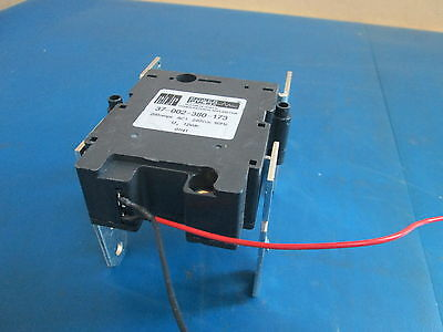 BLP Power Pulse Latching Relay 37 002 380 173 200Amps AC1 240Vac 60Hz Solenoid