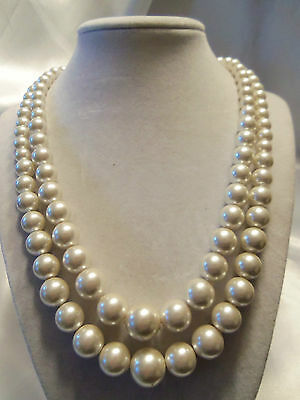 (HONG KONG) Vintage Double-Strand Graduate Faux PEARL Silvertone Necklace 14N236