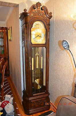 TREND BY SLIGH 1974 GRANDFATHER CLOCK WITH 5 TUBES