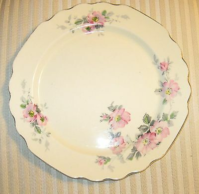Set of 4 W. S. George Canarytone pattern 128 A dinner plates
