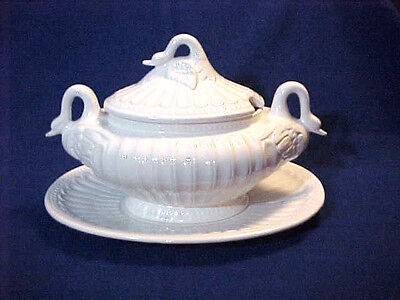 SWAN SOUP TUREEN - MADE IN PORTUGAL - PLATTER  - VINTAGE White