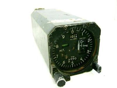 Kollsman Aircraft Altimeter Servoed With Automatic pressure standby Boeing