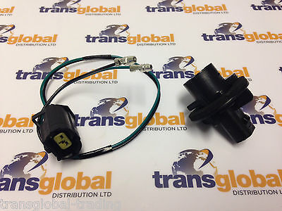 Land Rover Defender Rear Indicator Connector Lead Plug & Bulb Holder Bearmach