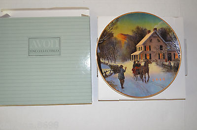 Avon 1988 Home For The Holidays Porcelain Trimmed In 22K Gold Christmas Plate