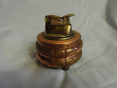 VINTAGE EVANS LIGHTER - ROUND 3 FOOTED COPPER LIGHTER
