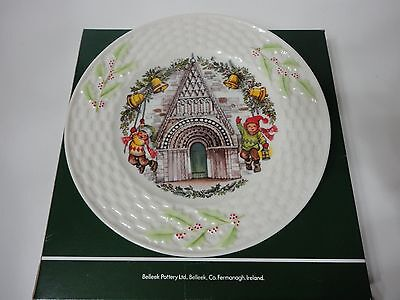 BELLEEK PORCELAIN PLATE RINGING IN THE HOLIDAY CHRISTMAS IN IRELAND SERIES MIB