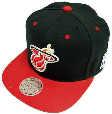 Mitchell /& Ness own Branded Intl 088 Black Force Strapback Cap Berretto Basecap NEW